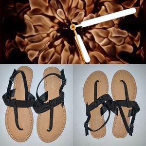 Abercrombie & Fitch Shoes - NEW! Abercrombie Sandals!